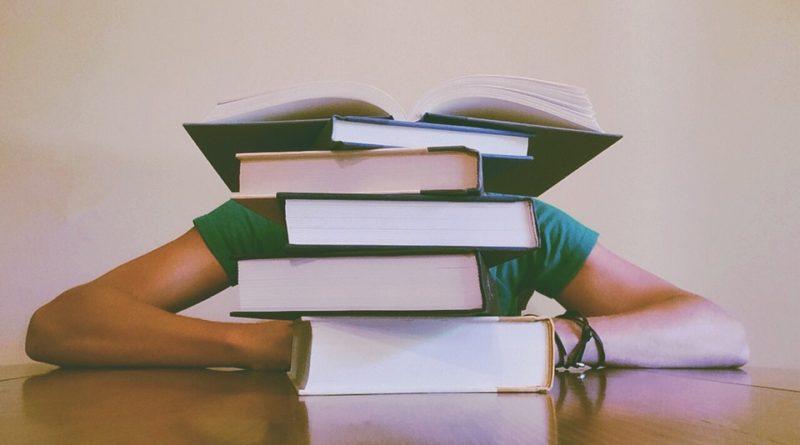 Knihy o myšlenkových pochodech, které by si měl přečíst každý