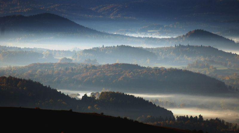 Lysá hora i letos lákadlem mnoha turistů