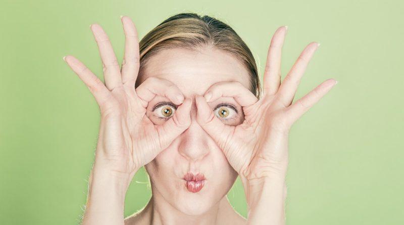 Odstraňte kruhy pod očima natrvalo. Vyzkoušejte tyto triky