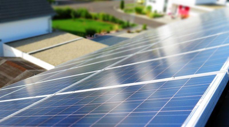 Solární panely a jaké jsou výhody a nevýhody tohoto systému